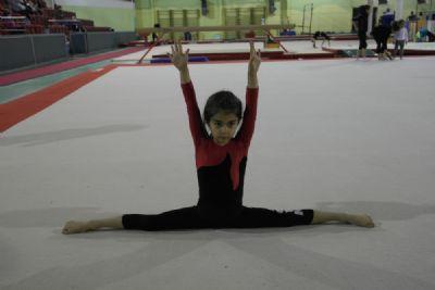Cimnastikte Esnetme